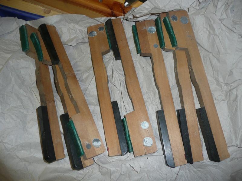 recherche pot peinture Lidl Baufix métaux .. P1030810