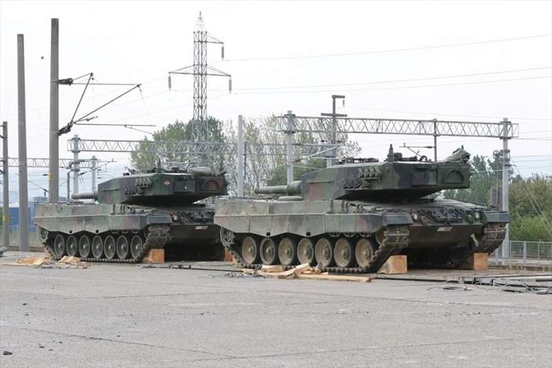 Leopard 2 14045510