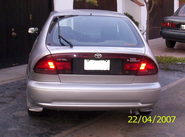 Corolla Liftback 1993 AE101 Rear screen glass 100_0110