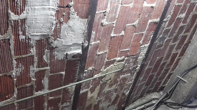 Ouverture de cloison en machefer Planch10