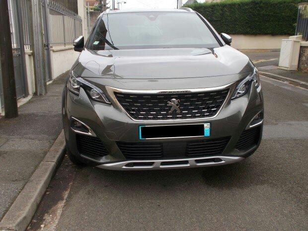 Avistamientos del nuevo Peugeot 5008 en Francia 116eec10
