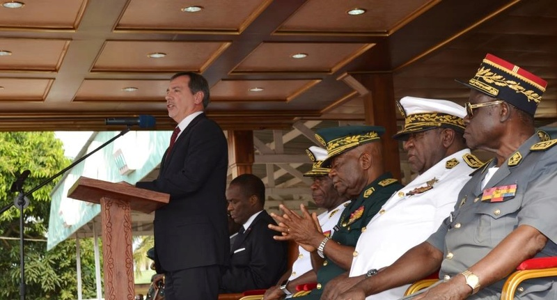 Forces Armées Camerounaises - Page 4 A1570110