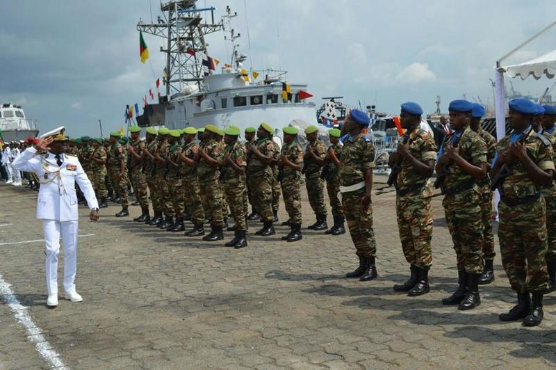 Forces Armées Camerounaises - Page 4 A1582410
