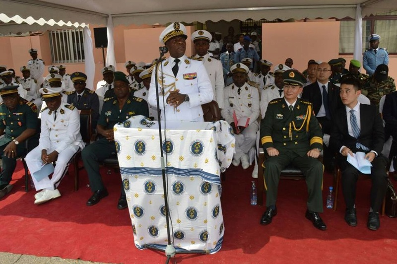 Forces Armées Camerounaises - Page 4 A1582710
