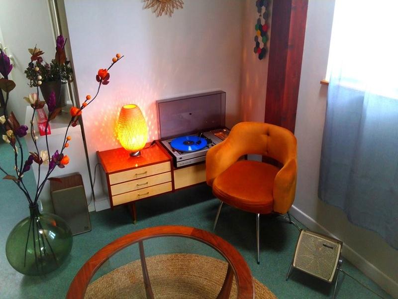 objets vintage ,  décoratif & usuel - Page 2 11724_10