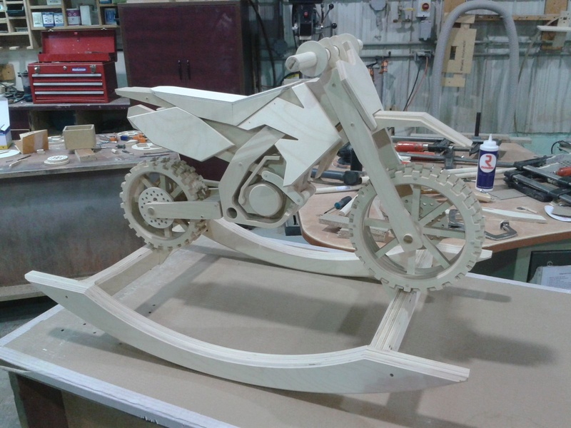 [demande d'aide] Modelisation draisienne moto en bois Galler11