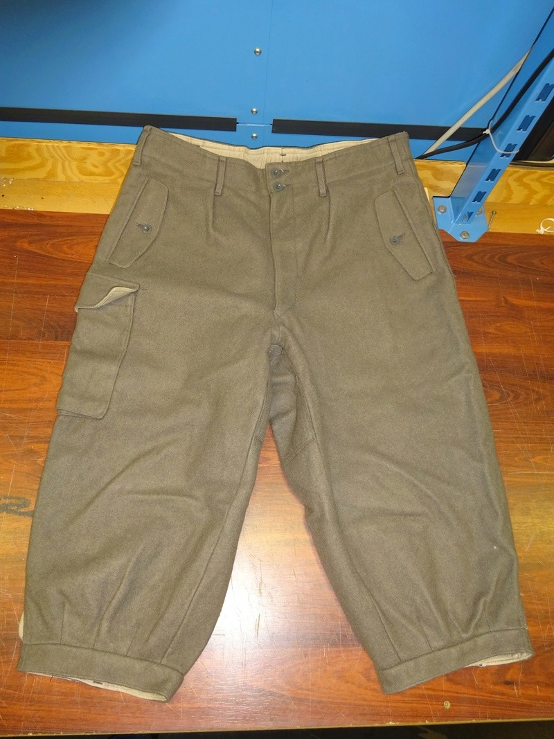 some pics of never worn Austrian Army mountain troops' knee-breeches (Berghose) 01_dsc10