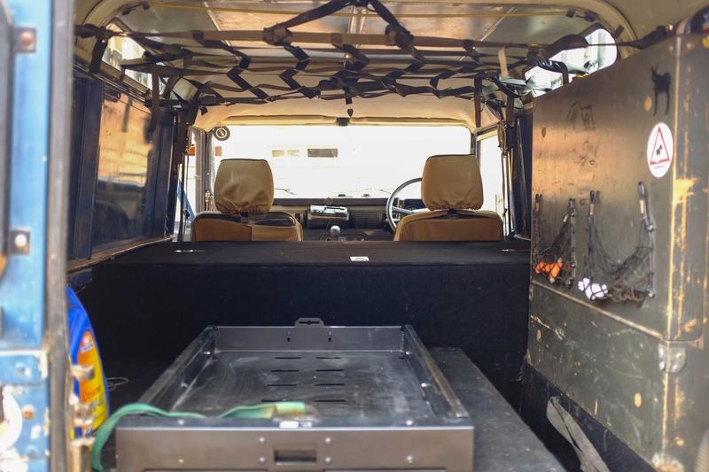1991 Land Rover Defender 110 200tdi Overland Ready for sale in Gaborone, Botswana.  $8,000 Dscf9810