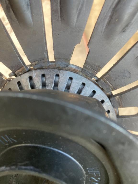vibration axe fourchette embrayage  Img_3311