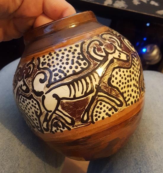 Australian Aboriginal Pottery ? Dingo Dog Vase Signed Y2 - ID Please  20170214