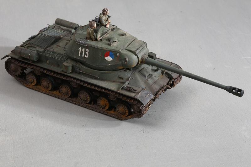 Tamiya 1/35 JS-2  russian heavy tank 1944 ref 35289 Js-25110