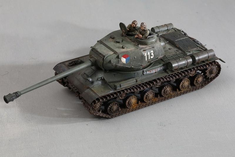 Tamiya 1/35 JS-2  russian heavy tank 1944 ref 35289 Js-25111