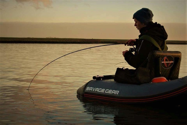 Nouveau float tube savage gear Fb_img22