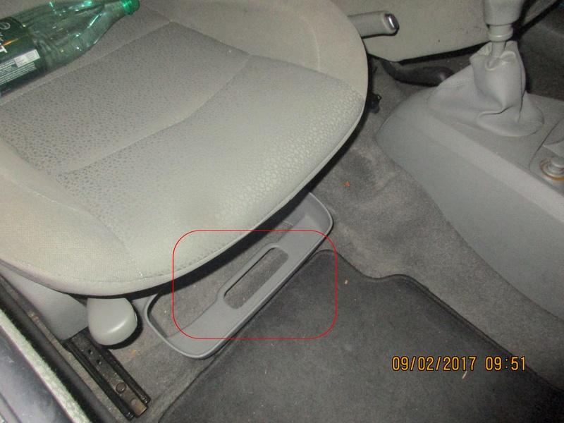 Clio II phase 2 à 4 (2001-2012) Img_8822