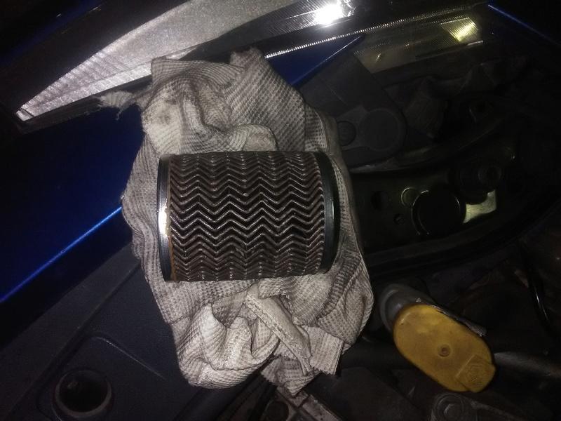 [ Renault Mégane 1.9dci an 2004 ] cale à chaud + démarrage impossible (résolu) Img_2013