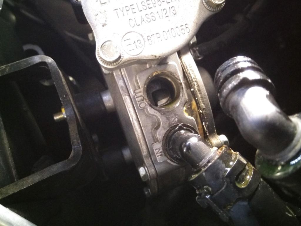 [Brico J] cambio filtro glp de estado liquido Img_2062