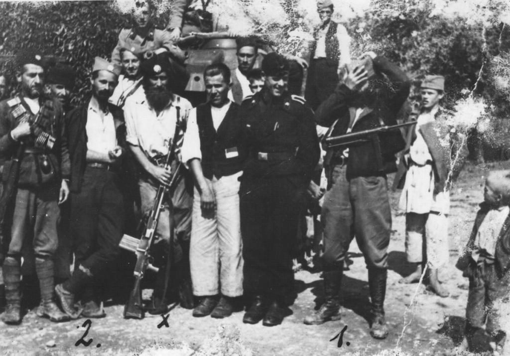 Ficroj Meklin, Pinkov deda i ostalo - Page 7 Chetni10
