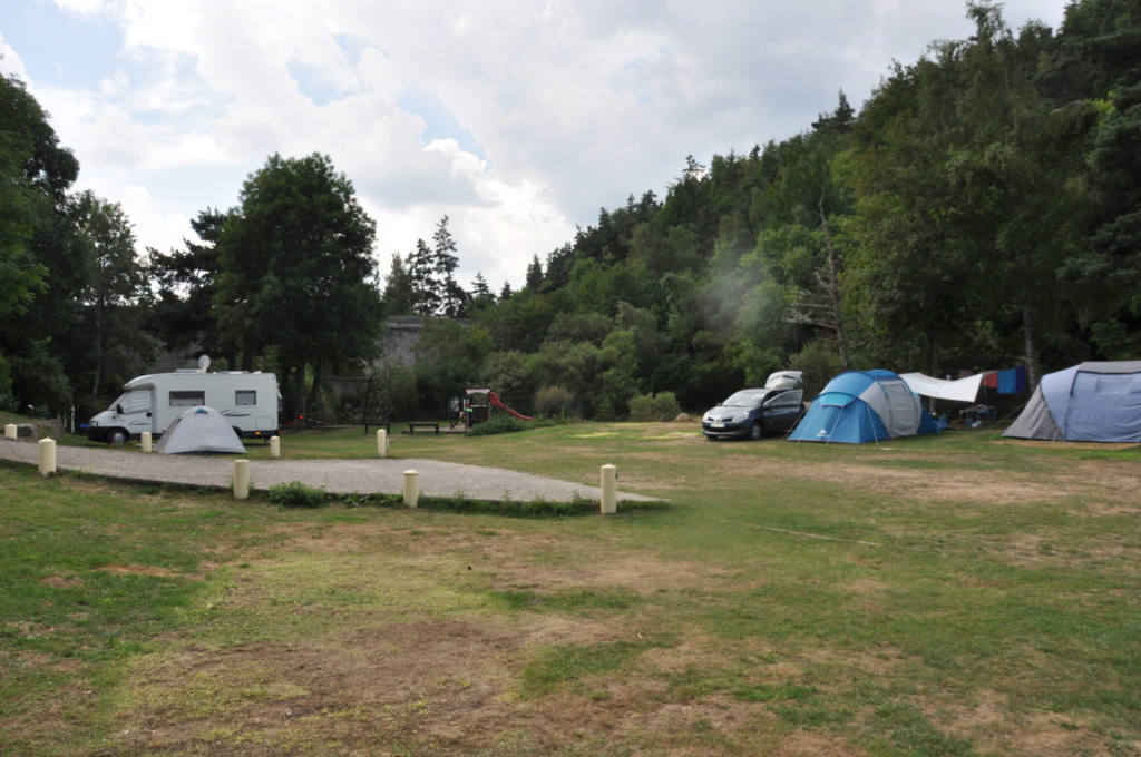 Recherche désespérément un camping Dsc_0017