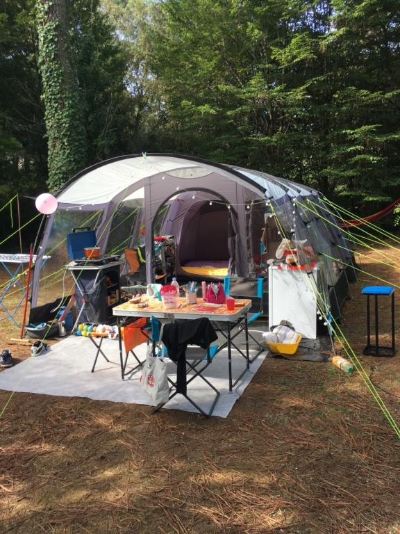Tous le matériel avec tente et remorque  Img_0111