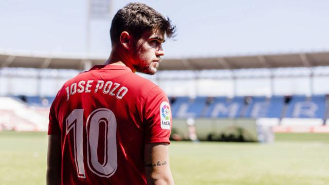 Nueva cara para el Real Betis T-5 Jose_p10