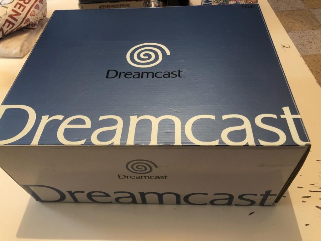 Boîte Dreamcast pal comme neuve  8b3e2710