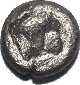 Lesbos. Diobol de vellon. Dos cabezas de jabalíes. 500-450 a.C. 464a11