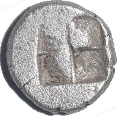 Diobolo de Chersonesos, Tracia. Ca 500 a.C. Dedicada al Maestro62. 483b10