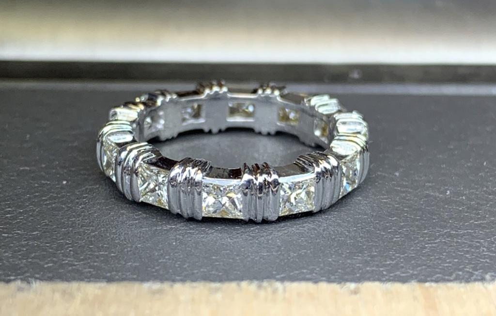 Difficulté Mise à taille d'une bague sertie de diamants Img_1710