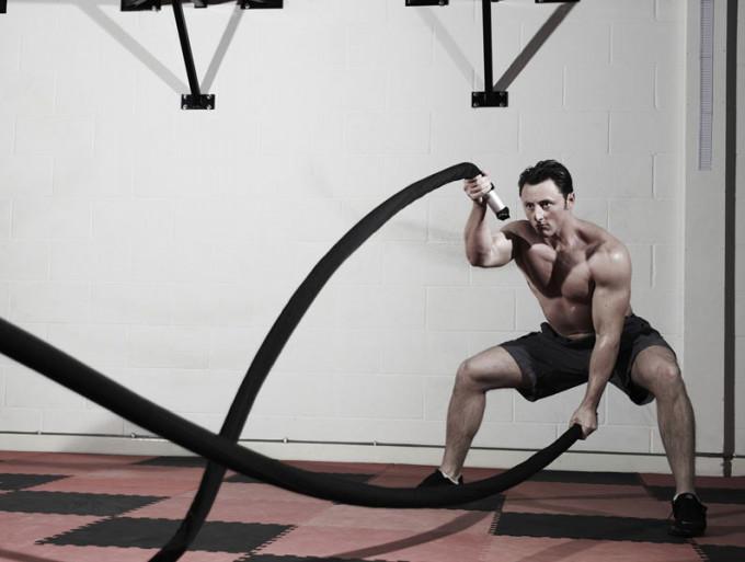6 động tác giúp nâng cao thể lực với dây thừng 6-dong10