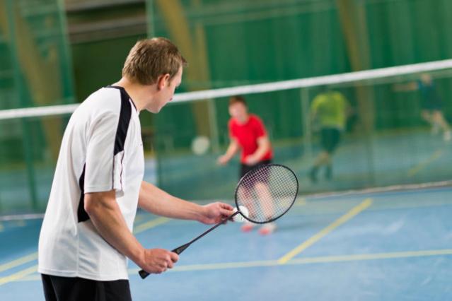 Những lợi ích khi chơi cầu lông Hinh-910