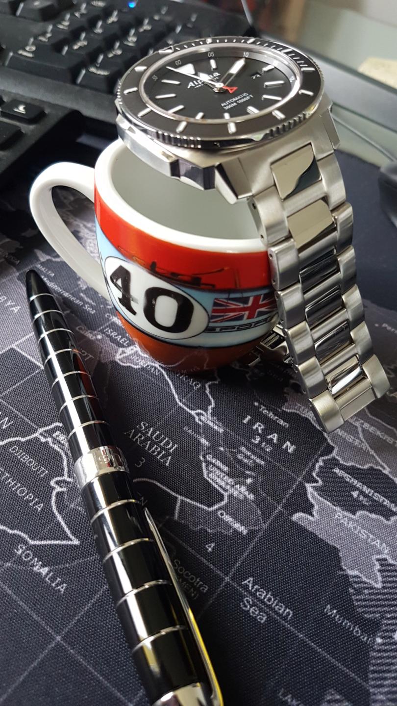 Pause café et montre (toutes marques) - tome III - Page 11 Cafzo10