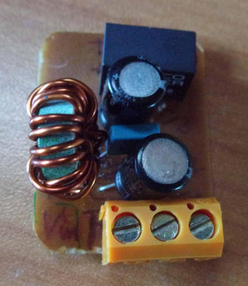 VHF fixe ou portable avec ou sans AIS ?  Conver10