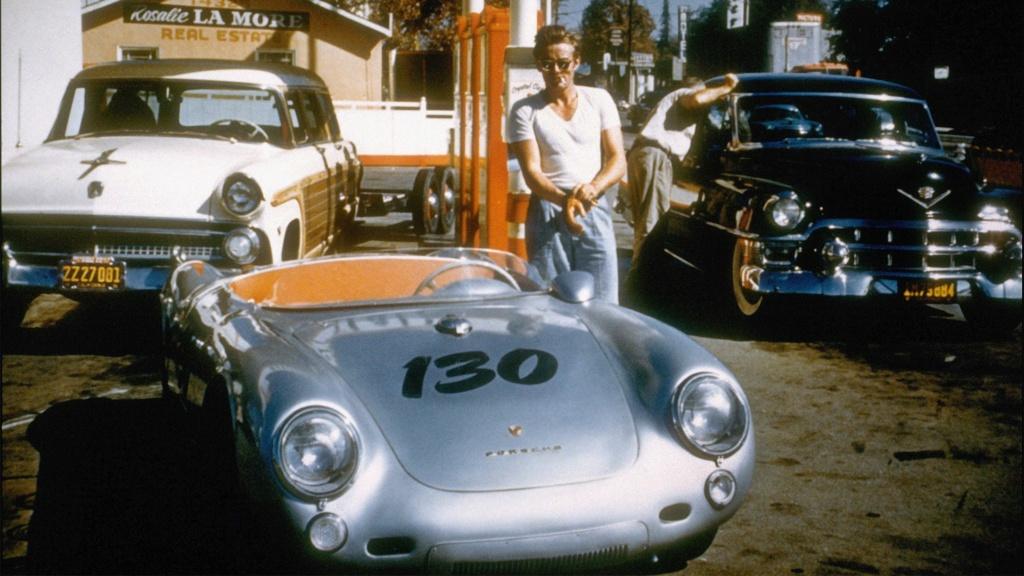 Les célébrités et leur Porsche James-10