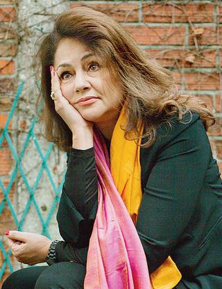 2020/12/16 Connaissez-vous Fawzia Zouari ? Fawzia10