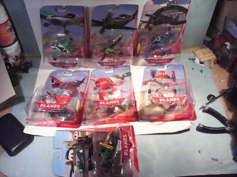 mes autres Cars 1 , 2 , 3 et Planes !!! toutes marques et matieres - Page 4 Img_2035