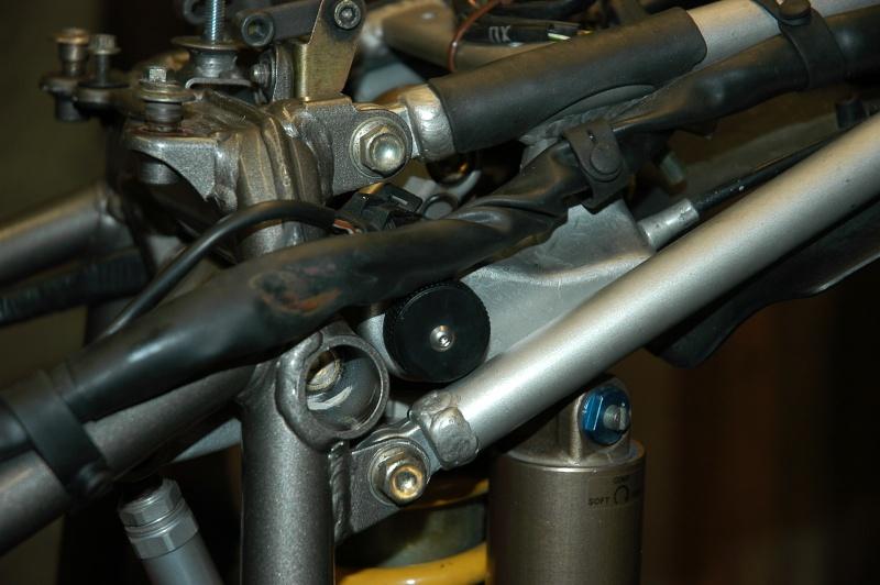 Ducati 748 - Page 2 Dsc_0015