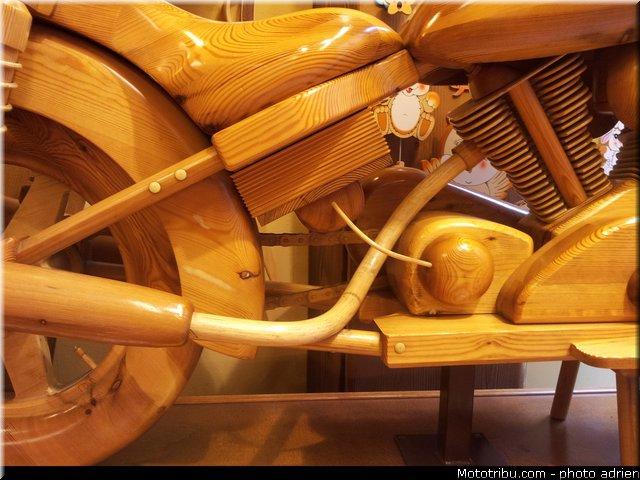 un KAWA en TERRASSE - moto en bois!! 20130518