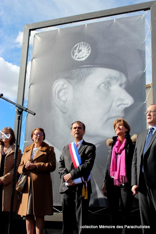 Le commandant de Saint Marc est un héros et un héros ça se respecte, débaptiser la rue du 19 mars 1962, cest plus qu'un calcul politique, c'est moral