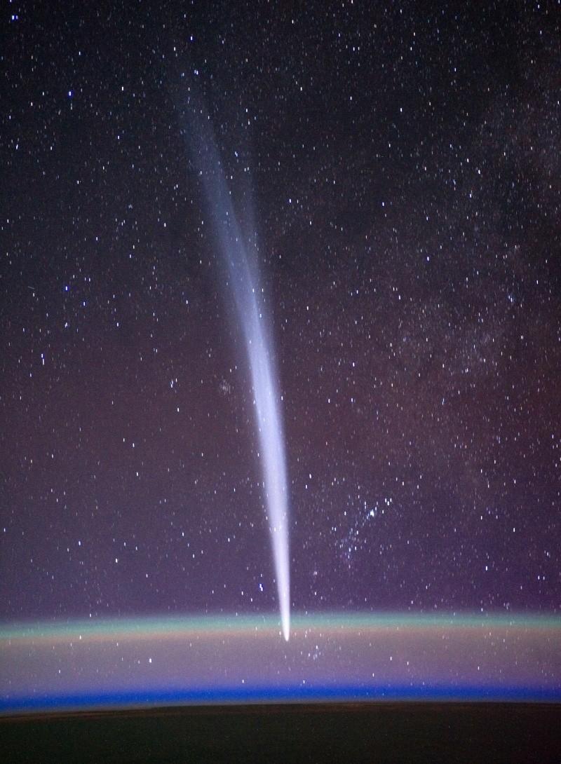 Comète LOVEJOY Iss03010