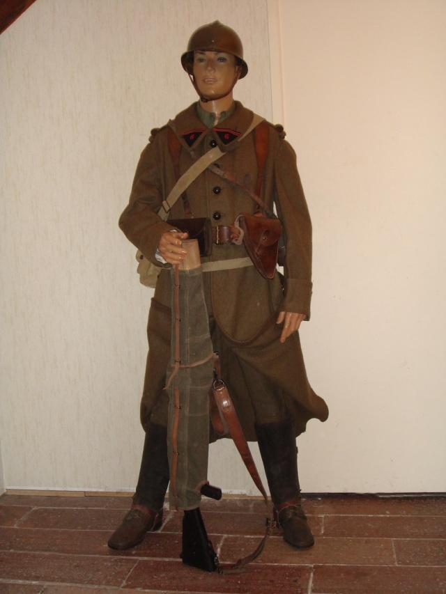 Autour d'une arme ... l'uniforme et l'équipement : quelques exemples Cav_ti10