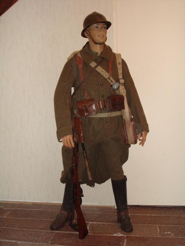 Autour d'une arme ... l'uniforme et l'équipement : quelques exemples Cavale10
