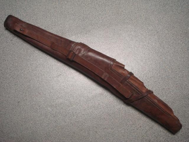 Etui en cuir pour carabine / mousqueton / fusil Dsc09511