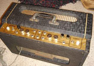 "1959 Gretsch Stereo amp"" head"" 210"