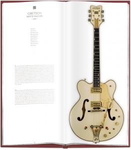 Un GRAND Livre sur des guitares de rêve    Foxyla10