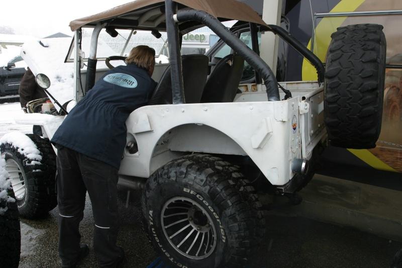 recherche jeep pour faire un proto Img_2821