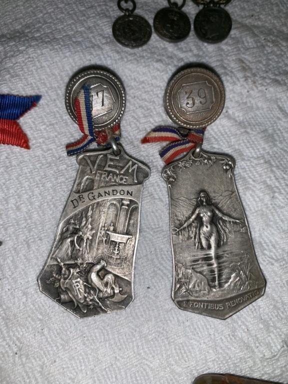 Rentrée de deux we Medaille / art de tranché /  17ec9210