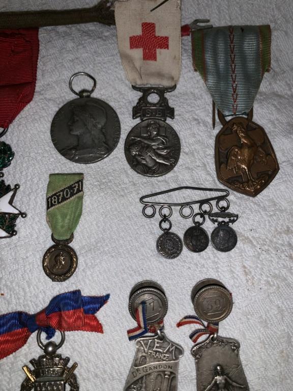 Rentrée de deux we Medaille / art de tranché /  A1639310