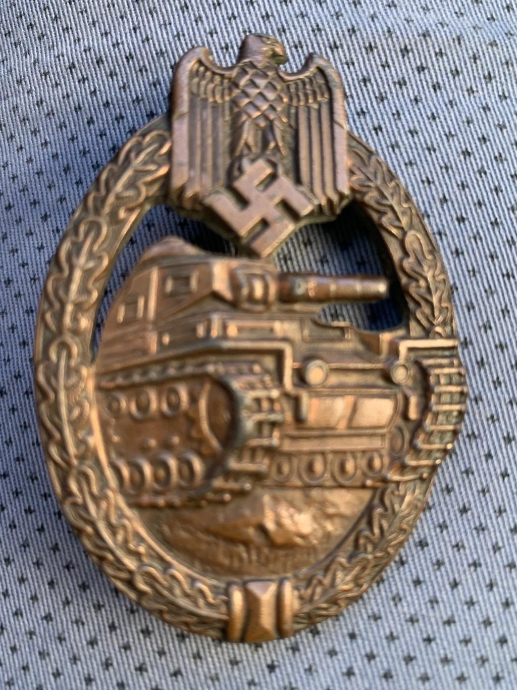 Panzer assault badge bronze copie ? B0ec6010