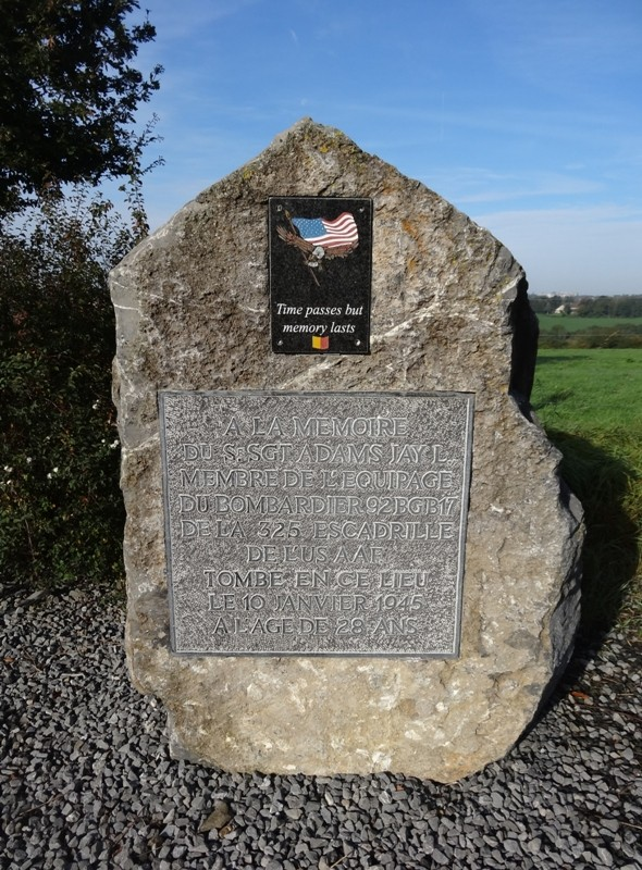 Commune de SAINT-HADELIN (OLNE) Monument en hommage au sergent Jay L. ADAMS 0210