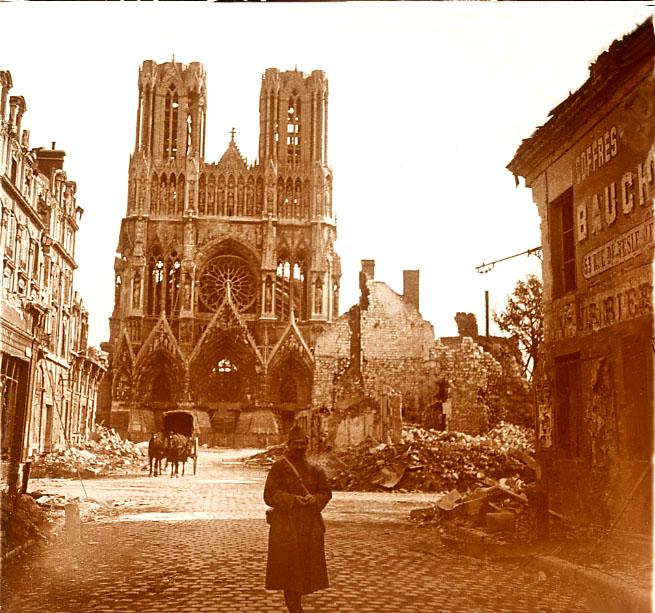 Reims Hier-Aujourd'hui A3_cat10